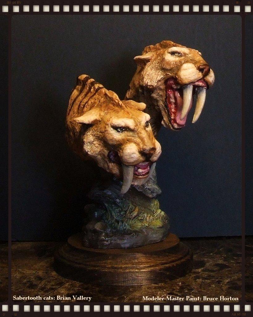sabertooth-cats.jpg